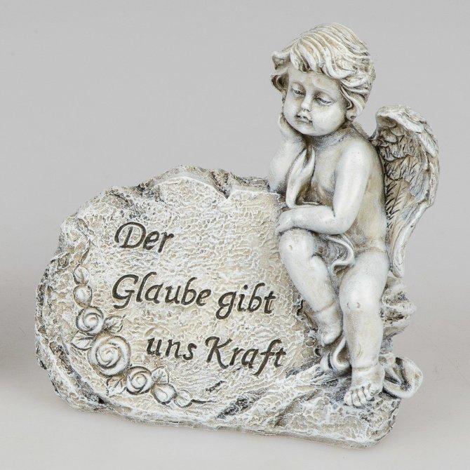 """Engel an Stein Trauer """"Der Glaube gibt uns Kraft"""""""