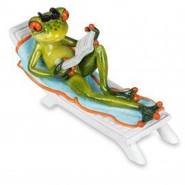Frosch auf Liege mit Buch