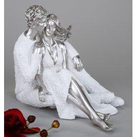 Paar sitzend auf Schoß weiß-silber