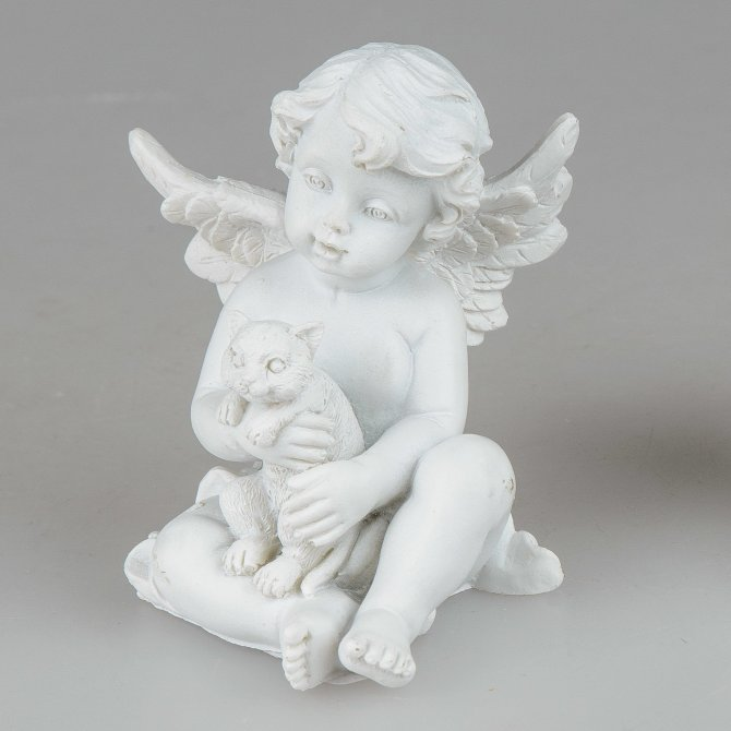Engel sitzend mit Haustier weiß-matt