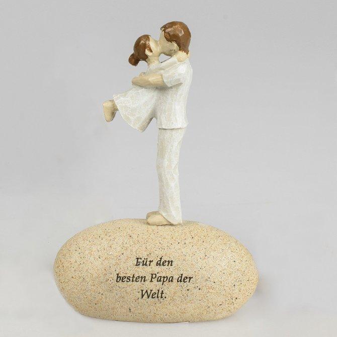 Figur auf Stein mit Spruch Papa