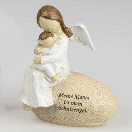 Figur auf Stein mit Spruch Mama Schutzengel